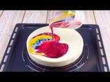 Mettez des gouttes dans le glaçage. Si vous les versez sur le gâteau ? Sublime !