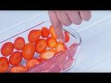 Recouvrez le moule en verre de fraises. Puis...