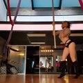 Un très spécial pole dance
