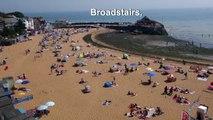 Canicule en Europe : les Britanniques se pressent sur les plages