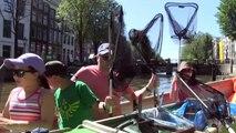 Les croisières sur les canaux d'Amsterdam se réinventent avec la pêche au plastique