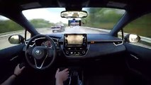 Il filme sa voiture conduire sans toucher le volant pendant des kilomètres !