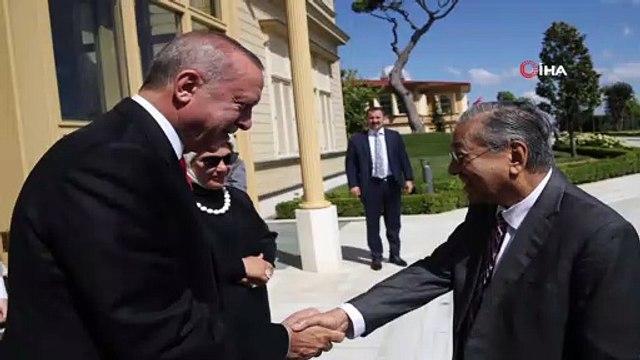 Cumhurbaşkanı Erdoğan, Malezya Başbakanı Mahathir Muhammed'i Vahdettin Köşkü'nde kabul etti