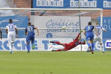 J01 - Niort 0-2 ESTAC ⎥Résumé du match