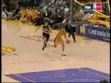 Kobe Bryant 360 dunk vs Blazers - 14-04-2006