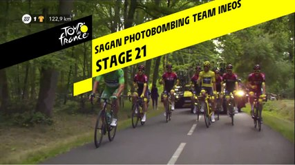 Sagan photobombe le Team Ineos / Sagan Photobombing Team Ineos - Étape 21 / Stage 21 - Tour de France 2019