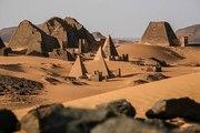 Dans quels pays peut-on voir des pyramides ?