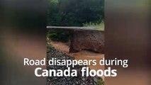 Une route emportée par les inondations au Canada
