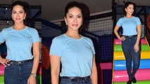 Sunny Leone drizzles in simple look during event; Watch Video | FilmiBeat