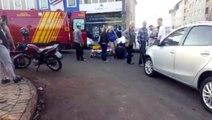 Jovem fica ferido em acidente na Rua Manaus e trânsito fica lento