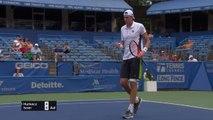 Washington - Isner récite son tennis face à Hurcacz