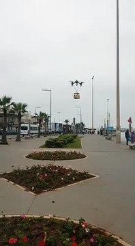 Spotted: Un drone portant un sachet McDonald's aperçu à Aïn Diab