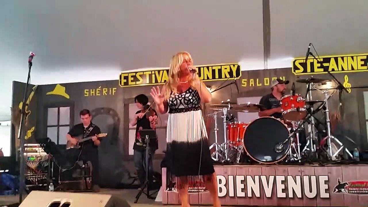 Compilation de Chantal Rousseau au festival de Ste-Anne de Sorel le 17 juin 2017