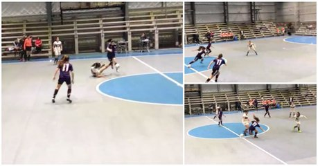 A bola deste jogo de futsal feminino veio com defeito?