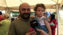 Türkiye'de ilk kez anne ve anne adayları, Üsküdar'da Emzirme Şenliği'nde buluştu
