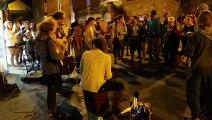 After d'Esperanzah! dans une rue de Floreffe - Hermanos Perdidos reprend Bella ciao