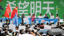 Thousands rally to denounce violence and support Hong Kong police as they urge protesters to 'give peace a chance'