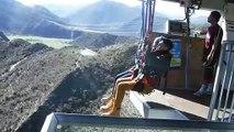 Une balançoire à 300 mètres de haut en Nouvelle-Zélande... Plus haute du monde