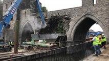 Démolition de l'arche centrale du Pont des Trous de Tournai