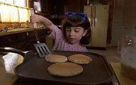 【嫦娥撩电影】4岁女孩得不到父母的照顾,结果自学了做饭,还拥有了超能力!