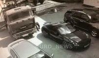 Il arrête un camion à mains nues avant qu'il ne percute une Porsche !