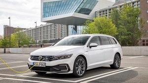 VW Passat GTE 2019