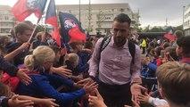 SM Caen -Lorient : L'arrivée des joueurs caennais salués par leurs supporters