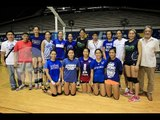 Philippine womens' volleyball team gets warm welcome from Singapore-based fans