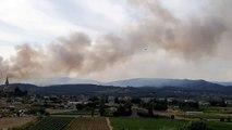 Les pompiers luttent contre deux incendies à Lablachère dans le sud Ardèche