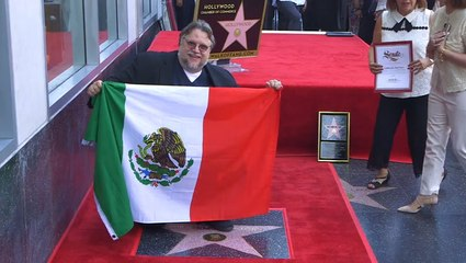"""Guillermo del Toro Tells Hollywood """"I'm a Mexican and I'm an Immigrant"""""""