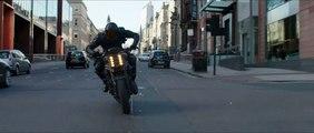 FAST & FURIOUS - Hobbs & Shaw - Extrait du film  -Métamorphose De La Moto