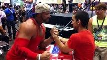Bodybuilder VS pro du bras de fer. Qui gagne???
