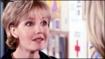 Jennie Garth as Kelly in Beverly Hills 90210! (Season 9)