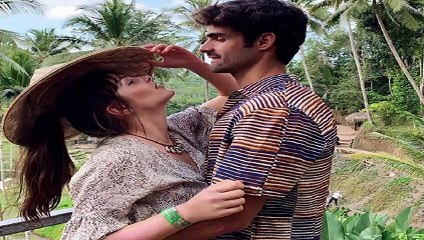 Andrea Duro y Juan Betancourt presumen de amor en Indonesia