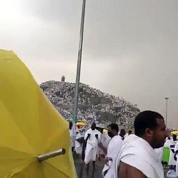 Pèlerinage à la Mecque _ Une forte pluie sur Arafat