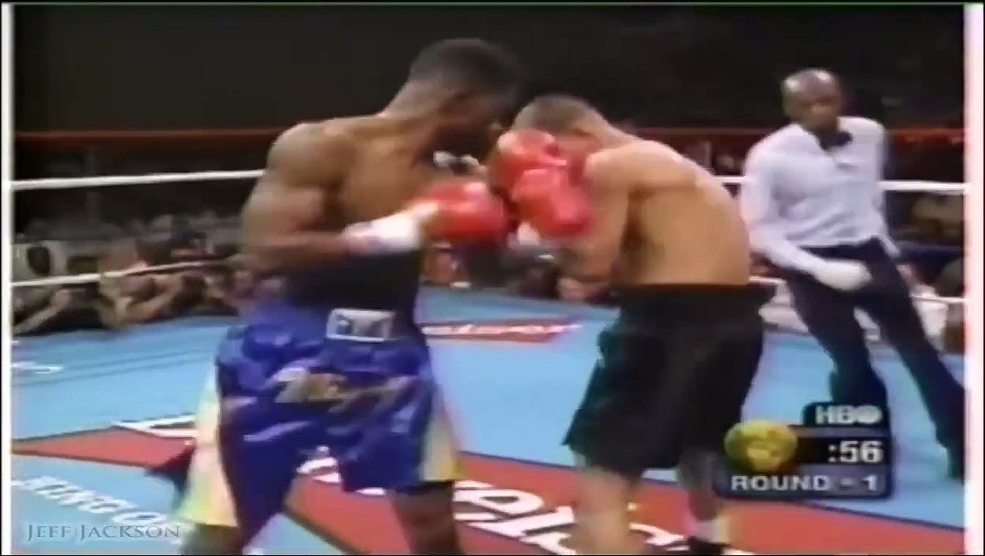 Arturo Gatti vs Ivan Robinson I - Highlights (UPSET & FIGHT of the Year)