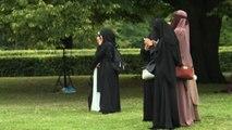 Legge anti-burqa in Olanda, in piazza le donne con il velo