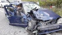 Karabük'te iki araç kafa kafaya çarpıştı: 1 ölü 2 yaralı