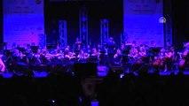 Ünlü İtalyan Tenor Safina Patili dostlar yararına konser verdi