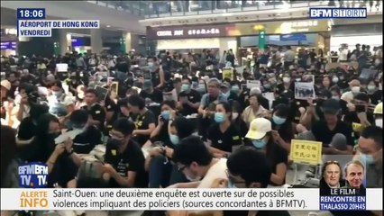 """Hong Kong: les milliers de manifestants qui bloquent l'aéroport chantent """"À la volonté du peuple"""" de Michel Sardou en anglais"""