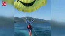 Süreyya Yalçın'ın deniz paraşütü keyfi
