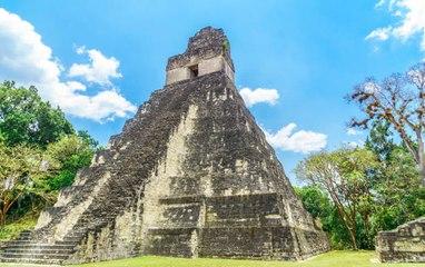 Les pyramides chez les Mayas