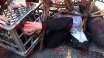 Australie: Regardez les images d'un homme poursuivi par plusieurs personnes après avoir poignardé une femme à Sydney - VIDEO