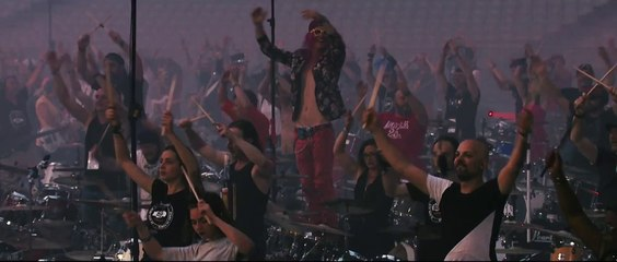 We Will Rock You - Queen / Rockin' 1000 en el Stade De France
