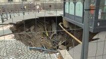 Amiens: un trou de dix mètres de large en plein centre-ville