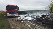 LIEGE - HACCOURT - Un tas de pneus en feu provoque de grosses fumées