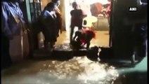 Unseasonal Rains In Gujarat -  Heavy Downpour Flood Roads