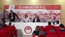 Olympiakos'un teknik direktörü Pedro Martins