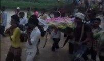 ऐसा गांव जहां अंतिम संस्कार के लिए पानी में होकर गुजरना पड़ता है | वनइंडिया हिंदी