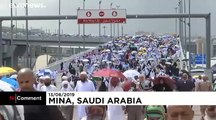 Pèlerinage à La Mecque : les fidèles lapident symboliquement Satan